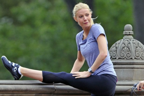 gwyneth-paltrow-yoga